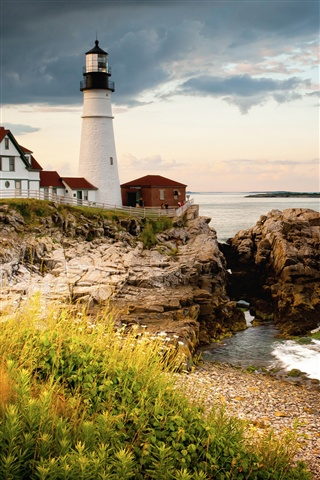 Cape Elizabeth, lighthouse, gulf of Maine, coast iPhone 3GS wallpaper - 320x480