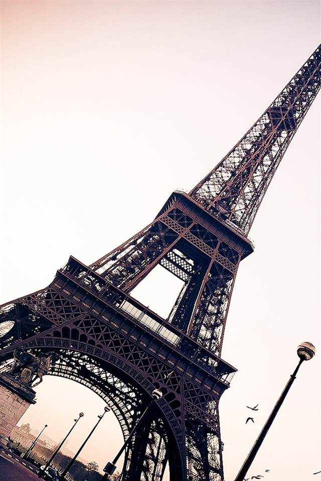 Eiffel Tower Paris Iphone X 8 7 6 5 4 3gs Wallpaper Download Iwall365 Com