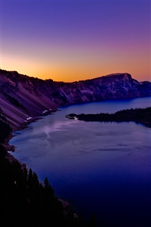 Crater Lake in Oregon iPhone Wallpaper Preview