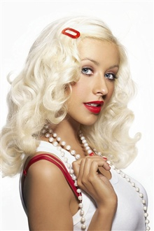 Christina Aguilera 04 iPhone Wallpaper Preview