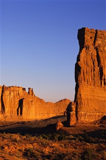 Hot and arid desert rocks iPhone Wallpaper Preview