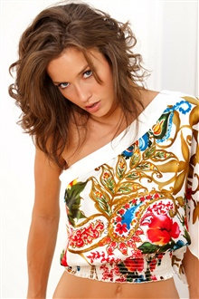 Malena Morgan 01 iPhone Wallpaper Preview