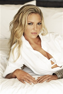 Katherine Heigl 02 iPhone Wallpaper Preview