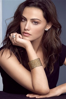 Phoebe Tonkin 01 iPhone Wallpaper Preview