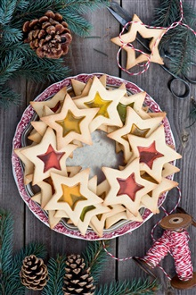 Stars cookies, baking, dessert, food, sewing, twigs, pine cones iPhone Wallpaper Preview