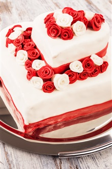 Sweet cake, dessert, roses, love hearts iPhone Wallpaper Preview