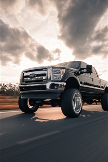 Ford pickup speed iPhone Wallpaper Preview