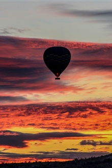 Hot air balloon, sky, clouds, sunset iPhone Wallpaper Preview