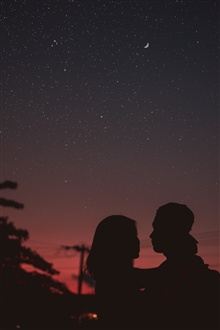 Lovers, silhouettes, night, moon iPhone Wallpaper Preview
