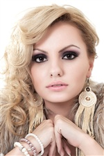 Alexandra Stan 03 iPhone wallpaper