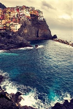 Manarola Italy sea coast, dusk, houses iPhone Wallpaper