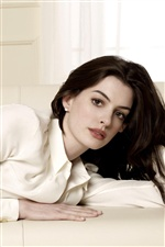 Anne Hathaway 01 iPhone wallpaper