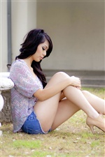 Beautiful legs Asian girl iPhone wallpaper
