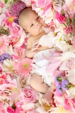 Cute baby lying on the flowers iPhone wallpaper
