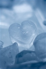Ice Heart iPhone wallpaper