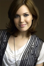 Mandy Moore 02 iPhone wallpaper