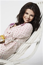 Selena Gomez 06 iPhone wallpaper