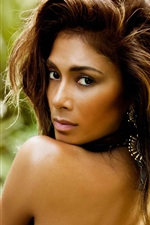 Nicole Scherzinger 02 iPhone wallpaper