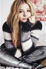 Chloe Grace Moretz 03 iPhone wallpaper