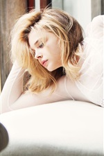 Chloe Grace Moretz 07 iPhone wallpaper